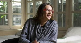Συζήτηση Λίνα Νικολακοπούλου