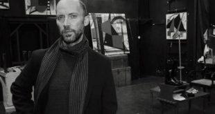 Εμμάνουελ Μανιός: Σκηνοθετεί «Τα ρούχα» στο Θεάτρο ΠΚ