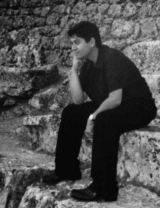 Δημήτρης Παπαδημητρίου: Mιλάει για την αναβολή του «Φτωχούλη του Θεού»