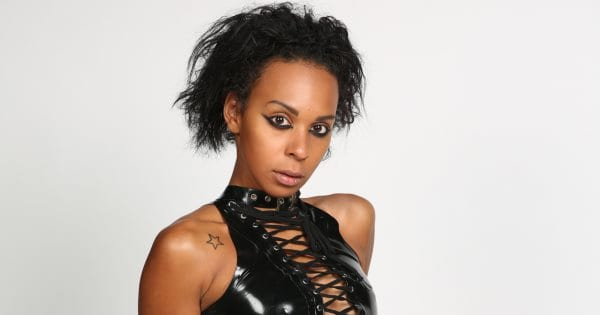 GNTM 3- Η Θεοδώρα Ρασέλ προκάλεσε πανικό στο σπίτι και το Twitter
