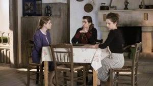 Οι αδελφές Σταμίρη στο Διαφάνι συζητούν