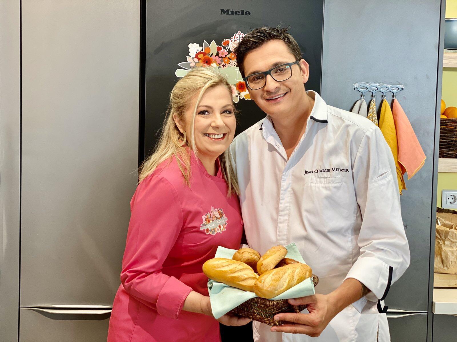 Jean Charles Metayer και Ντίνα Νικολάου Dina's Bakery