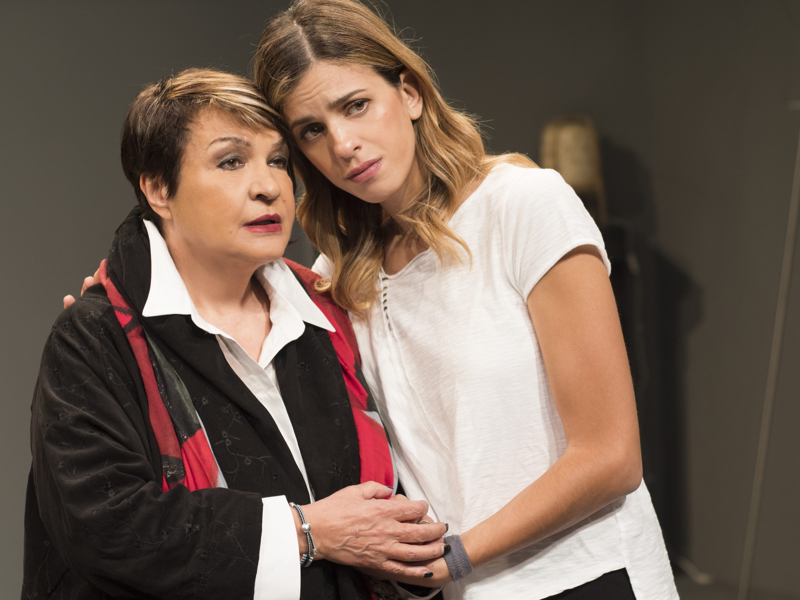 Ο Καπουτζίδης στο θέατρο ΗΒΗ με την παράσταση