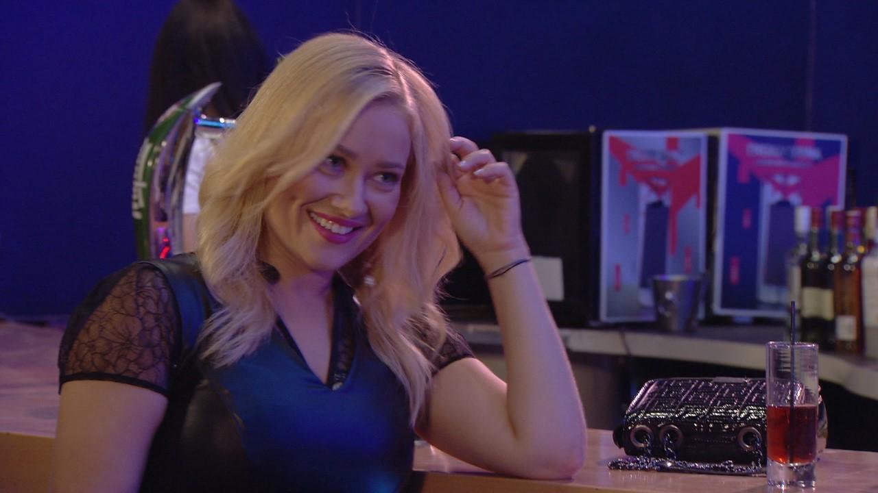 """η ιωάννα ασημακοπούλου στο σημερινο επεισόδιο στο """"η φαμίλια"""""""