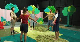 «Μια γιορτή στου Νουριάν»: Είδαμε την πρόβα - Οι εντυπώσεις μας