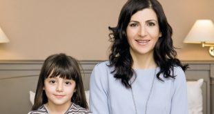 8 Λέξεις - Ανατροπή: Η Κύπρια ηθοποιός που εισβάλλει στη σειρά