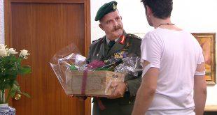 επεισόδιο Η τούρτα της μαμάς - στη φωτογραφια ο Πασχαλης Τσαρούχας