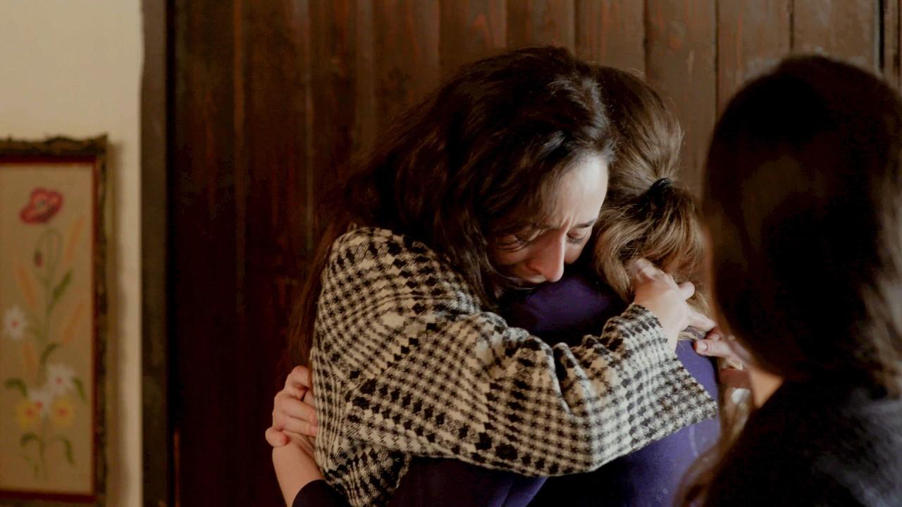 Η αγκαλιά της λενιώς στα επεισόδια 45 48