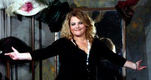Σίρλευ Βάλενταιν - η προβολή της θεατρικής παράστασης διαθέσιμη online δωρεάν