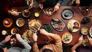 ταξιδιωτική σειρά με μαγειρική σε διαδικτυακή πλατφόρμα