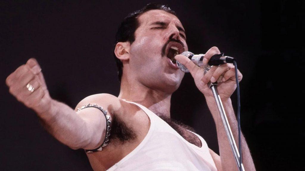 Freddie Mercury σαν σήμερα 29 χρόνια από τον θάνατο του βασιλιά των Queen