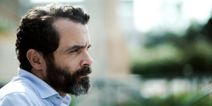 Γιώργος Κιμούλης Κωνσταντίνος Μαρκουλάκης Σμαράγδα Καρύδη - στη φωτογραφια ο Μαρκουλάκης