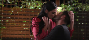 The Bachelor 13/11 Σία σε ραντεβού