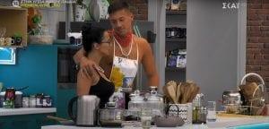 παναγιώτης και χριστίνα big brother αγκαλιά στην κουζίνα