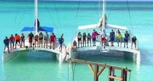 σκηνή με τους παίκτες στη θάλασσα από την πρεμιέρα του Survivor - Κυριακή 27 Δεκεμβρίου