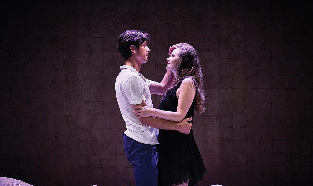 ωνάσης - online παράσταση on demand Θέατρο Παλλάς σκηνή με Γκοτσόπουλο