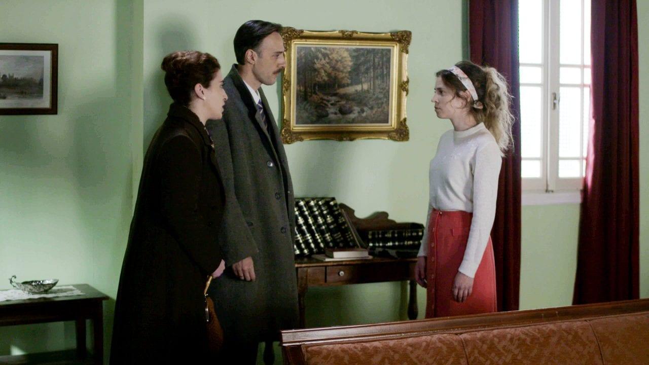 Η Σοφούλα με τους γονείς της στα επόμενα επεισόδια