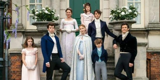 Σε φωτογραφία όλη η οικογένεια Μπρίτζερτον, που θα επιστρέψει με νέες σεζόν
