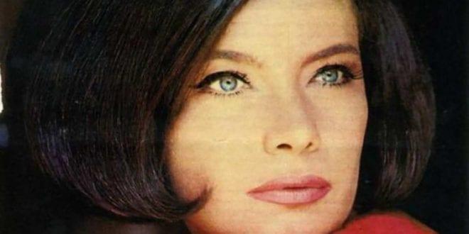 ηθοποιός Τζένη Καρέζη