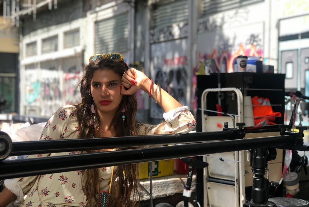 Σχεδόν Ενήλικες MEGA πρώτο επεισόδιο σκηνή από την Αθήνα