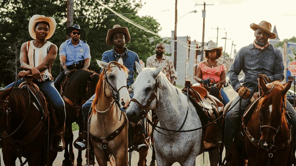 Σκηνή από την ταινία Concrete Cowboy του Netflix