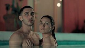 Σκηνή από το Dark Desire, Ερωτικές Αισθησιακές σειρές στο Netflix