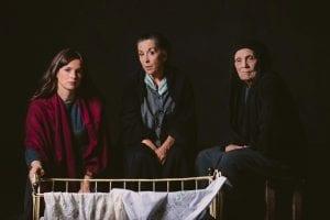 Στιγμιότυπο από την online streaming παράσταση Γυναίκες του Παπαδιαμάντη