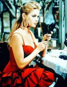 Η Brigitte Bardot στην ταινία the light across the street