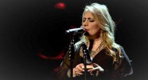 Η τραγουδίστρια Αλέξια