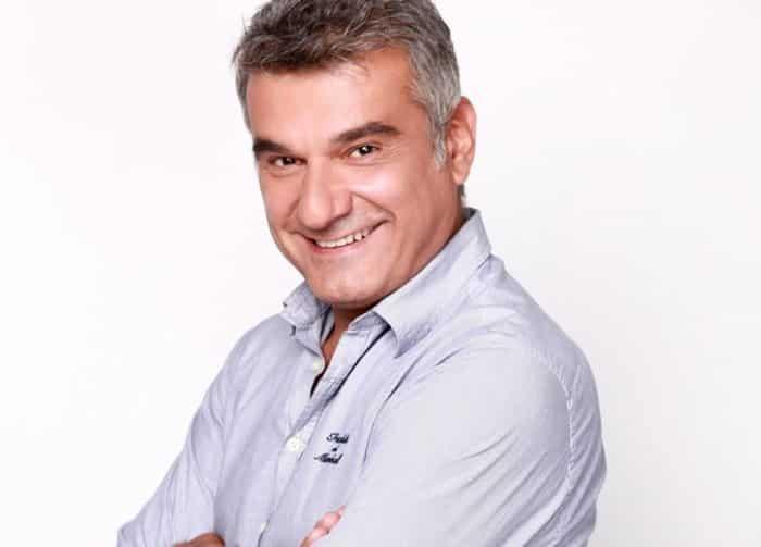 Ο Κώστας Αποστολάκης συμφώνησε για πρωταγωνιστικό ρόλο στη σειρά Ζακέτα να Πάρεις