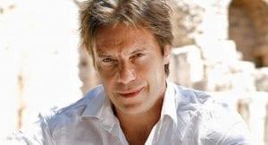 Ο ηθοποιός Στράτος Τζώρτζογλου