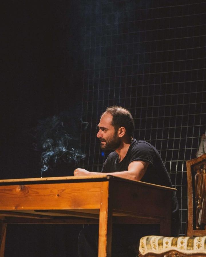 στιγμιότυπο από την παράσταση νούρα