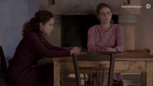 Η Ασημίνα και η Δρόσω συζητούν στο επεισόδιο Άγριες Μέλισσες (31/3)