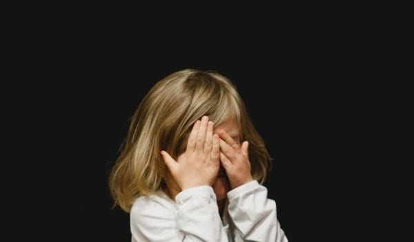 η ένωση Μαζί για το παιδί συμβουλευει για την σεξουαλική κακοποίηση
