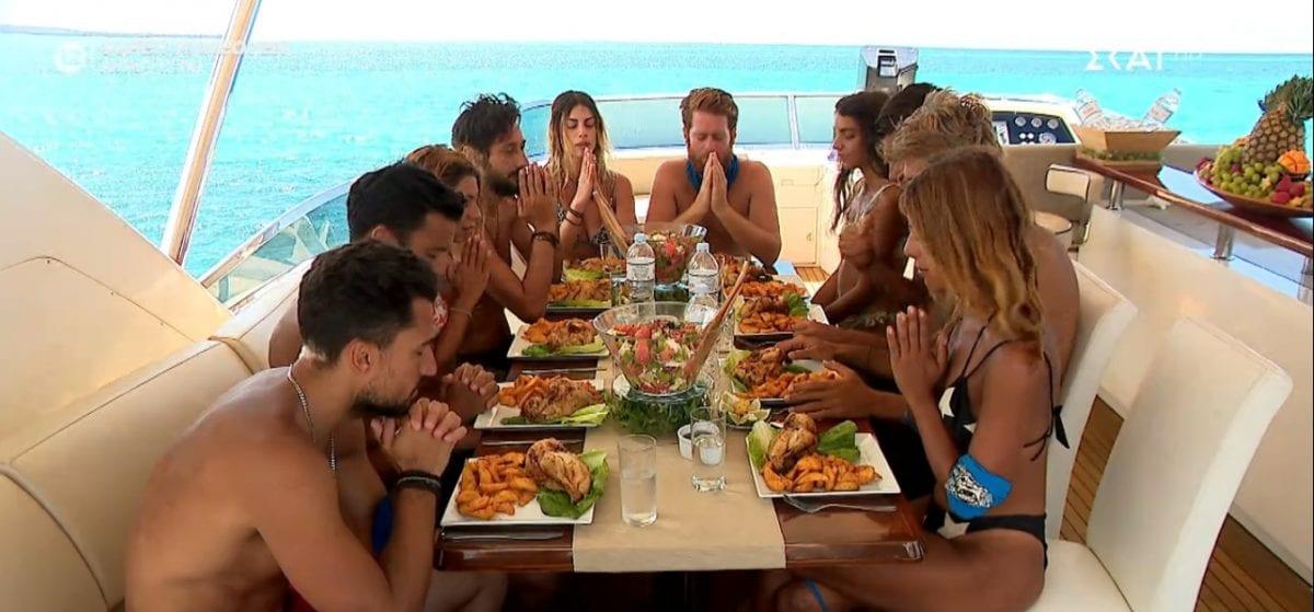 Survivor-Γεύμα-εν-πλω-απόλαυσαν-οι-μπλε-