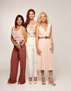 """Οι τρεις πρταγωνίστριες της σειράς """"Έρωτας με διαφορά"""""""