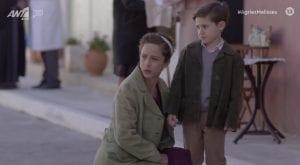 Η Ασημίνα με το παιδί στο Διαφάνι