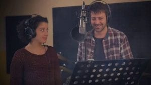 Ο Μπουσουλόπουλος και η Δουμπού τραγουδούν