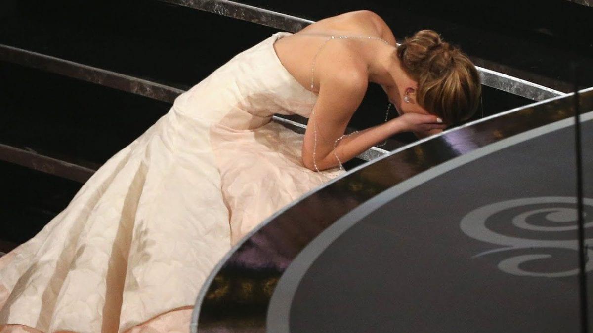 Η Jennifer Lawrence σε πλάνο από την απονομή των βραβείων Όσκαρ