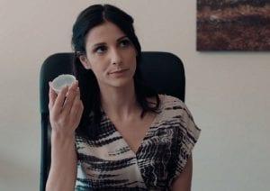 Η Ηλιάνα βλέπει πως ο τσακωμός που έχουν αιμίλιος αρώνης δε λήγει στις 8 Λέξεις