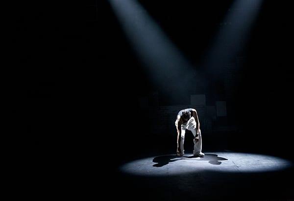 Παγκόσμια Ημέρα Πολιτισμού σήμερα και ο Δημήτριος Ζαπάντης με αυτήν την αφορμή γράφει για την αντανάκλαση που έχει το θέατρο στον πολιτισμό.