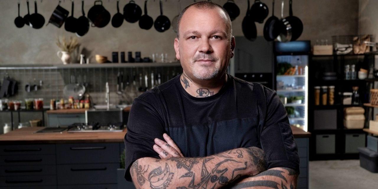 O chef Δημήτρης Σκαρμούτσος