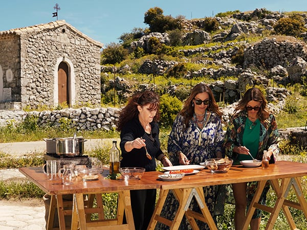 My Greece Βανδή και Έλλη Κοκκίνου μαγειρεουν στη Λευκάδα