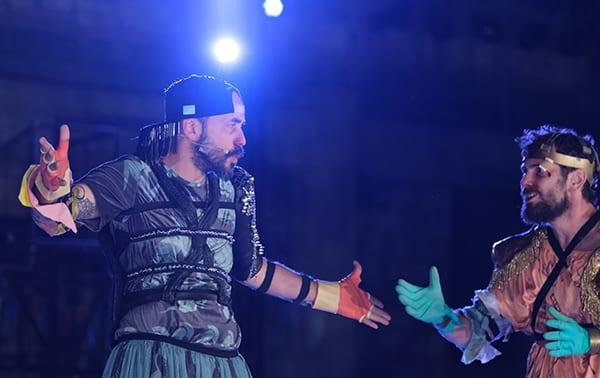 Ιππείς του Αριστοφάνη με τον Πάνο Μουζουράκη στο Αρχαίο Θέατρο Επιδαύρου
