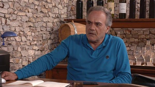 Παύλος Ευαγγελόπουλος σε σκηνή από σειρά του ALPHA