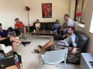 Η πρώτη συνάντηση του Κωστή Μαραβέγια με τους νέους συνεργάτες του στην ΕΡΤ