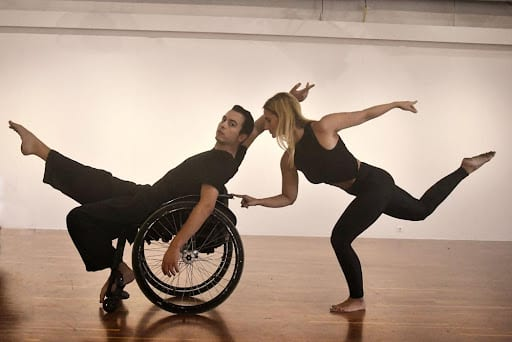 Mind the Gap από την ομάδα Dagipoli Dance