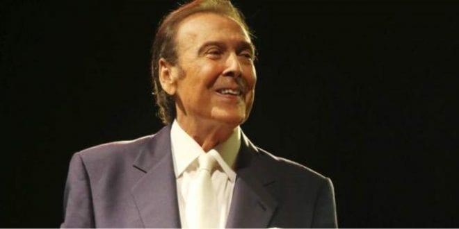 Πέθανε ο τραγουδιστής Τόλης Βοσκόπουλος