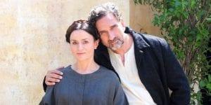 Οι ηθοποιοί στο Αγάπη Παράνομη, μία από τις σειρές στην ΕΡΤ τη νέα σεζόν