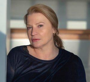 Η Ελένη Κρίτα στο Ζακέτα να πάρεις